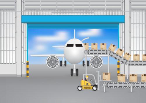 航空機に荷物を搬入。