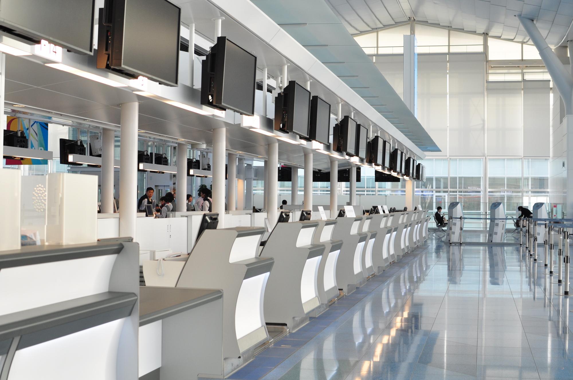 空港設備関係者の方必見!「旅客用空港スケールならお任せください!」ダイトクが持つ5つの強みについて(カウンタースケール編)